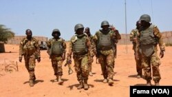 L'armée malienne dans le camp de Boulkessy, le 7 octobre 2019. (VOA/FAMA)