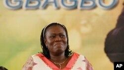 반인도적 범죄 혐의로 기소된 로랑 그바그보 전 코트디부아르 대통령의 부인 시몬 그바그보 (자료사진진)