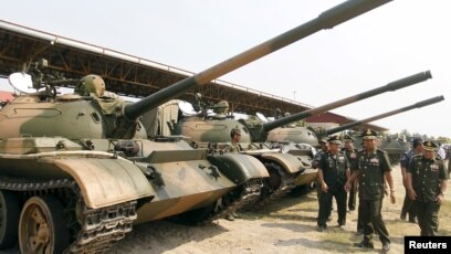 Cambodia china joint army drill kicks off as us military cambodias deputy prime minister and defence minister tea banh 2nd r inspects tanks inside voltagebd Choice Image
