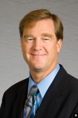 Newseum Senior Vice President Paul Sparrow