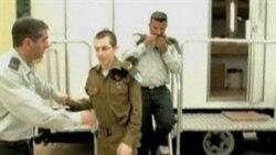 Israeli Soldier, 477 Palestinians Freed in Prisoner Swap