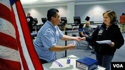 Los electores hispanos ayudaron al triunfo de los gobernadores republicanos electos.