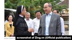 Bí thư Tp.HCM Nguyễn Thiện Nhân thăm một tu viện ở Thủ Thiêm, 2/2/2019.