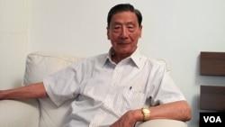 2011年7月13日 中国经济学家茅于轼在北京访谈 (美国之音汤姆拍摄)
