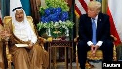 شیخ الصباح در ماه می نیز در ریاض، پایتخت عربستان سعودی با رئیس جمهور ترمپ ملاقات کرده بود. (آرشیف)