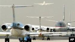 독일 프랑크 푸르트 국제 공항의 비행기들.(자료사진)