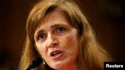 2013年7月17日美国人权活动家萨曼莎.鲍尔出席参议院外交委员会的听证会,这个会议是有关奥巴马总统提名她为美国驻联合国大使人选的事宜。