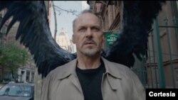 """Michael Keaton y la película """"Birdman"""" han sido nominados a los Globos de Oro."""