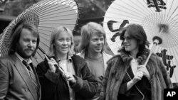 گروه آبا، ۱۴ مارس ۱۹۸۰، توکیو، ژاپن (آرشیو)