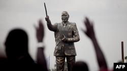 Cộng hòa Nam Sudan trở thành quốc gia mới nhất của thế giới vào lúc giữa khuya thứ Sáu giờ địa phương.
