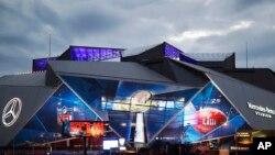 El estadio Mercedes-Benz de Atlanta listo para recibir el Super Bowl 53 de la NFL entre los Rams de Los Angeles y los Patriots de Nueva Inglaterra. Febrero 2 de 2019.