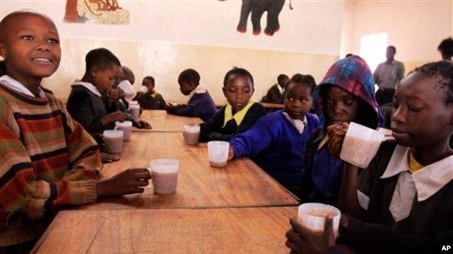 "Menurut Jody Heymann, pendiri dan Direktur Pusat Analisis Kebijakan Dunia, walaupun banyak negara di dunia telah membuat ""kemajuan hebat"", dalam hal perbaikan kehidupan anak-anak, upaya itu tidak memadai (foto: Dok)."