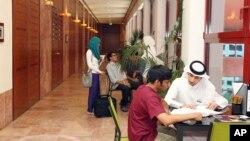 Des étudiants sur le campus de l'Université Texas A & M à Doha, au Qatar, le 21 octobre 2011.