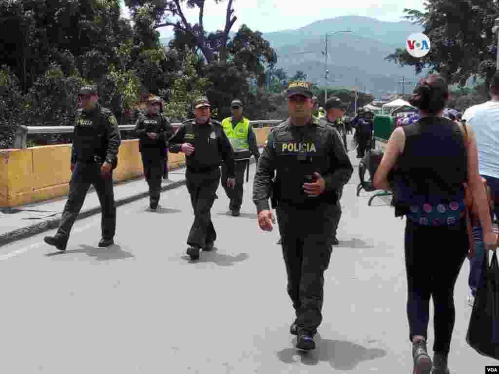 Hasta el momento se reporta normalidad en los pasos fronterizos, el martes 30 de abril tras el llamamiento del presidente encargado de Venezuela, Juan Guaidó, a los militares de su país.