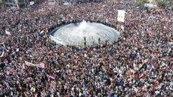 هواداران بشار اسد برای پشتیبانی از وی در خیابان های دمشق گردهم آمده اند