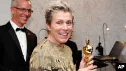 """Frances McDormand, winner of the award for best performance by an actress in a leading role for """"Three Billboards Outside Ebbing, Missouri"""", attends the Governors Ball after the Oscars, March 4, 2018, at the Dolby Theatre in Los Angeles."""
