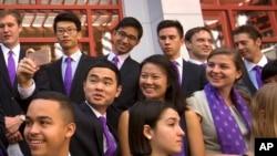 美中之间的施瓦兹曼访问学者项目2016年9月10日在北京的清华大学成立。