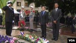 El presidente francés, Nicolás Sarkozy, y el mandatario estadounidense, Barack Obama, celebraron la histórica alianza entre ambas naciones.