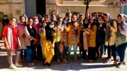 پرتگال پہنچنے والی افغان خواتین فٹ بال ٹیم کی لڑکیاں۔ 21 ستمبر 2021