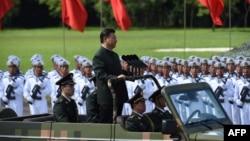 2017年6月30日,中国国家主席习近平在香港阅兵。