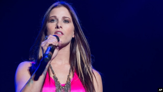 Cassadee Pope performs in concert at the Verizon Wireless Amphitheater in Irvine, California, Sept. 14, 2013.