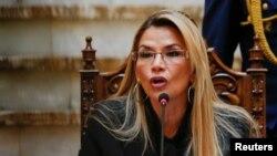 La presidenta de Bolivia, Jeanine Añez, informó el lunes 30 de diciembre de 2019 sobre la expulsión de diplomáticos de México y España.