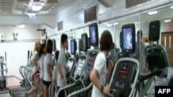 Aktiviteti fizik mund të ndihmojë nxënësit në përmirësimin e notave.