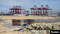 중국이 개발 중 중단된 스리랑카 콜롬보항 지난해 10월 모습. (자료사진)