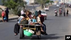 巴勒斯坦居民在加沙逃避戰火