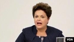 La presidente de Brasil Dilma Rousseff también ha cuestionado acciones como la lapidación de una mujer iraní.