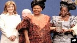 اهدأی جوایز صلح نوبل به سه زن برجستۀ و فعال در جهان