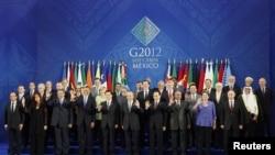 Foto conmemorativa con los líderes del G20 que participaron en la cumbre de Los Cabos, en Baja California, México.