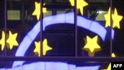 Bursat europiane reagojnë pozitivisht për bonot e borxhit afatshkurtër të Italisë