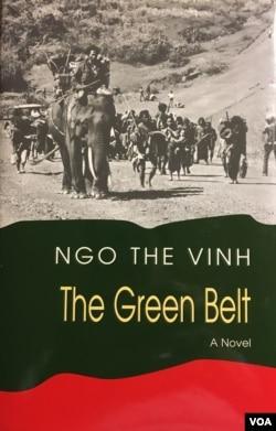 Bìa The Green Belt, bản tiếng Anh cuốn Vòng Đai Xanh do Ivy House, USA xuất bản 2004. [tư liệu Ngô Thế Vinh]