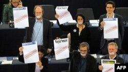 Hungaria sfidohet në Parlamentin Evropian për ligjin e saj të medias