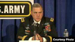 美国陆军参谋长马克·米莱上将2016年10月3日出席陆军协会年度大会 (美国陆军协会照片)