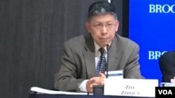 美國賓州巴克內爾大學(Bucknell University)中國研究所所長和國際關係與政治學副教授的朱志群博士。