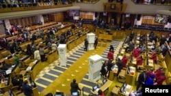 Le Parlement sud-africain prépare le vote de motion de défiance contre le président Zuma, à Cape Town, le 8 août 2017.