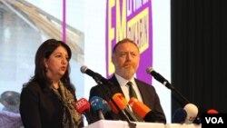 HDP eş başkanları Pervin Buldan Sezai Temelli