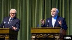 فرانک والتر اشتاین مایر، وزیر خارجه آلمان در سفر اخیر به تهران تاکید کرده بود که چنین نمایشگاه و مسابقهای برگزار نشود.