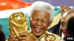 Con la realización de un Mundial en Sudáfrica se cumple uno de los sueños de Mandela.