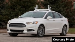 Automated Ford Fusion Hybrid research vehicle (Courtesy Ford Motor Company)