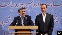 د مهر خبري اژانس د احمدي نژاد له قوله ویلي چې گویا هغه خپل نوم د بقایي نه د ملاتړ په خاطر لیکلی دی