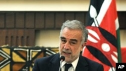 International Criminal Court (ICC) Prosecutor Luis Moreno-Ocampo in Nairobi, 02 Dec 2010 (file)