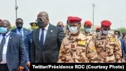 Perezida Félix Tshisekedi ya RDC hamwe n'umuhungu wa Idris Deby, Mahamat Deby i N'Djamena, Kw'itariki ya 23/04/2021