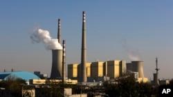 北京一處燃煤電廠排污資料照。