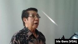 Ketua Asosiasi Logistik dan Forwader Indonesia, Widjiyanto (Foto: VOA/Iris Gera)