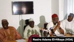 Sanata Ahmadu Makarfi shugaban PDP na riko da wasu mukarrabansa