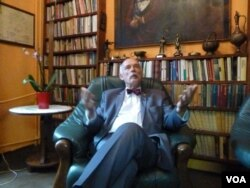 Janusz Korwin-Mikke, Poland's controversial member of EU parliament. (VOA/L. Ramirez)