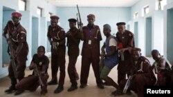 Maharba da suke taimakawa wurin yakar 'yan kungiyar Boko Haram a Borno.